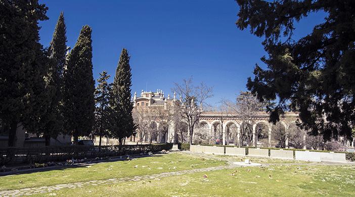 Cementerio Almudena jardín - Servicios funerarios EMSFCM Madrid