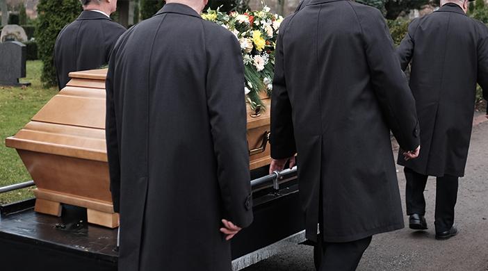 Inhumación funeral - Servicios funerarios EMSFCM Madrid