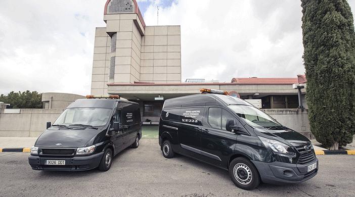 Traslados funerarios furgoneta - Servicios funerarios EMSFCM Madrid