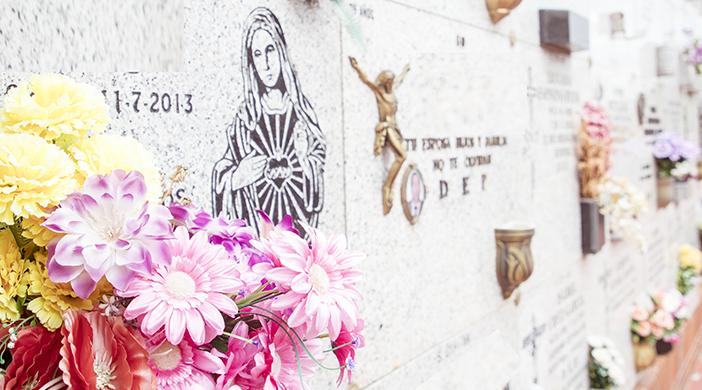 Unidades de enterramiento flores - Servicios funerarios EMSFCM Madrid