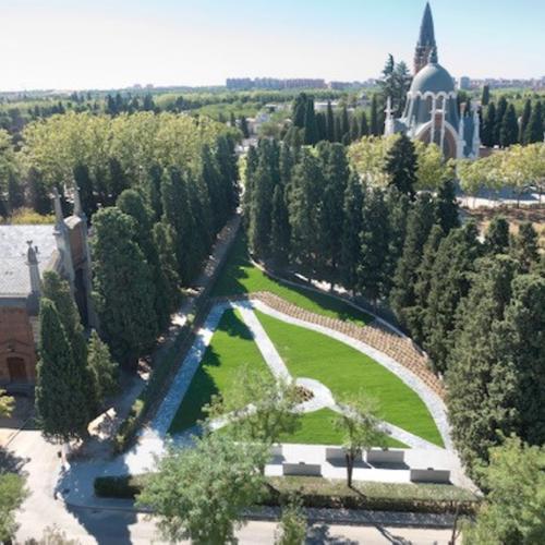 Ampliación Jardín del Recuerdo cementerio Almudena. Esparcimiento cenizas
